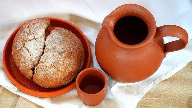 Brood en wijn op Witte Donderdag